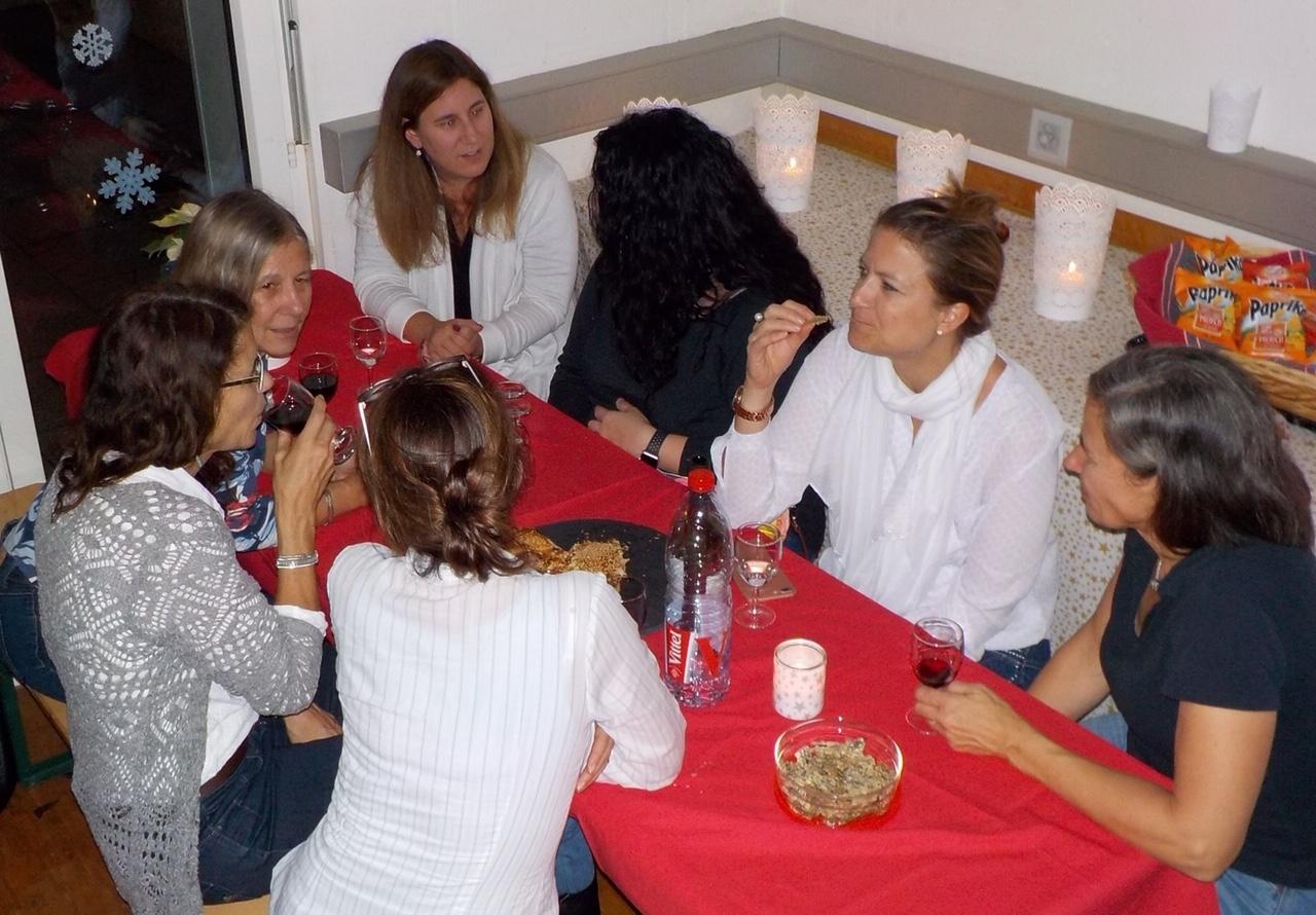 EVU_Frauentreff_Kerzenziehen_1